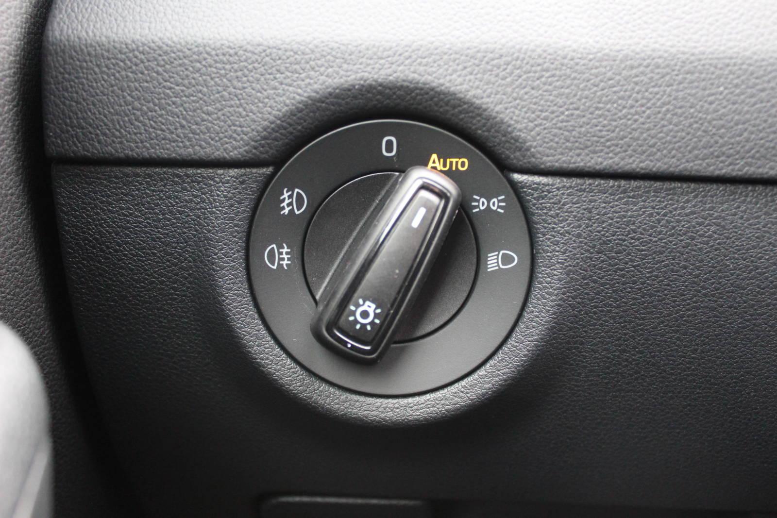 Skoda Octavia Kombi RS TDI DSG 4x4 2.0 / Deutsche Neufahrzeuge und EU-Neufahrzeuge – Aha! Fahrzeughandel GmbH in Althengstett