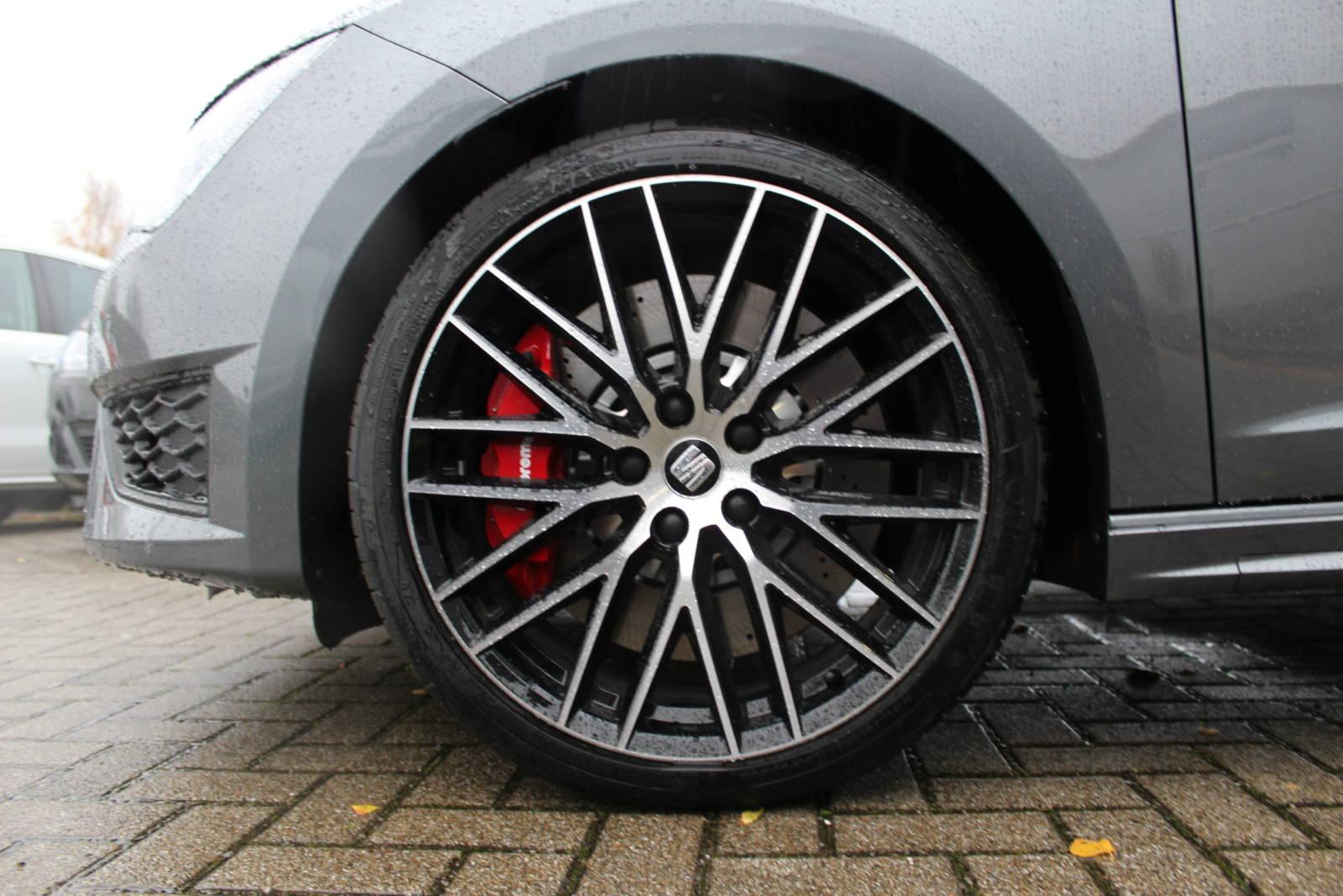 Seat Leon Cupra Limousine 2.0 TSI 6-Gang / Deutsche Neufahrzeuge und EU-Neufahrzeuge – Aha! Fahrzeughandel GmbH in Althengstett