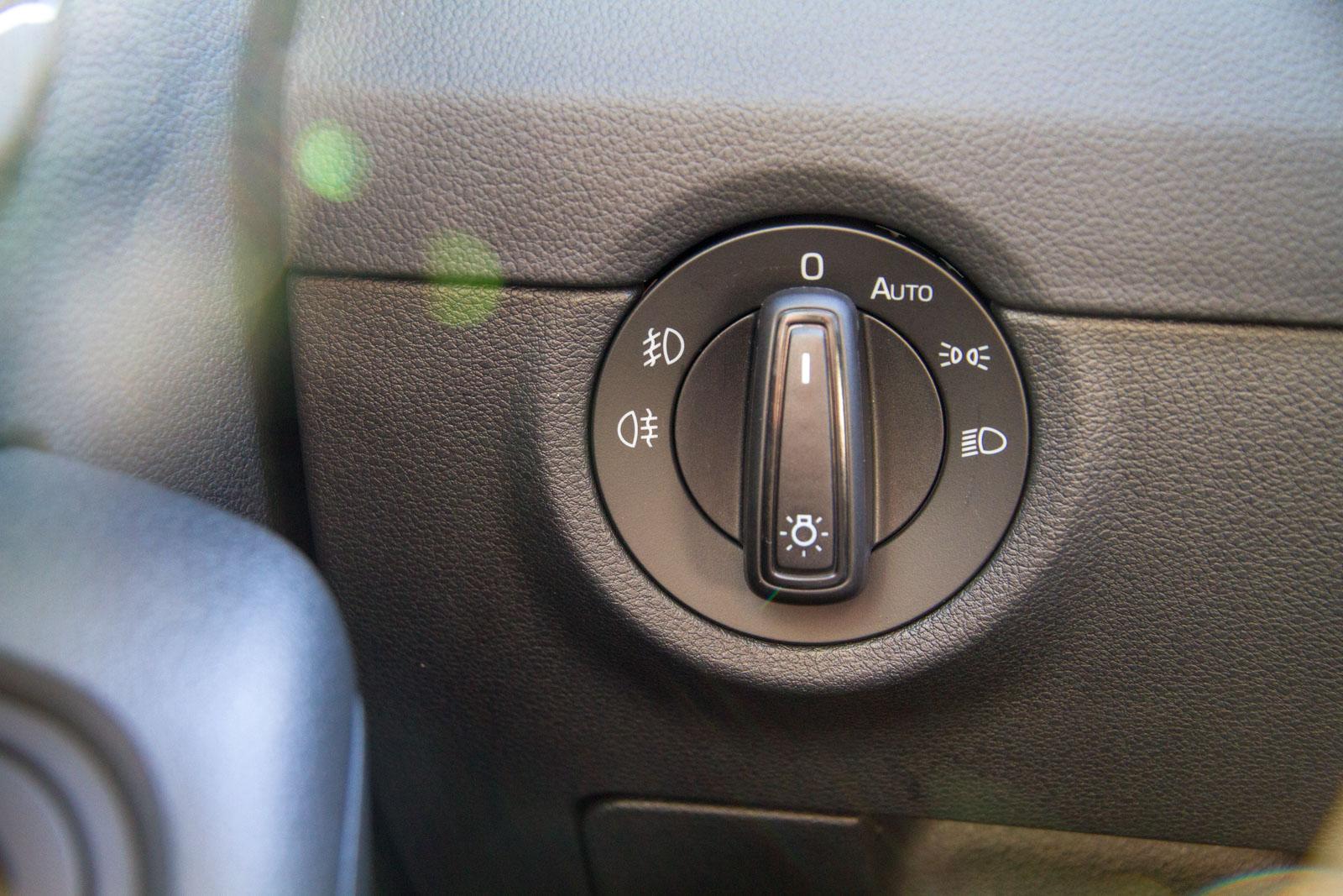 Skoda Octavia Kombi Ambition Benziner 1.4 TSI 6-Gang / Deutsche Neufahrzeuge und EU-Neufahrzeuge – Aha! Fahrzeughandel GmbH in Althengstett