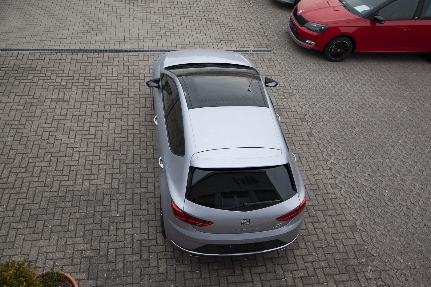 Seat Leon Cupra Limousine 2.0 TSI DSG / Deutsche Neufahrzeuge und EU-Neufahrzeuge – Aha! Fahrzeughandel GmbH in Althengstett