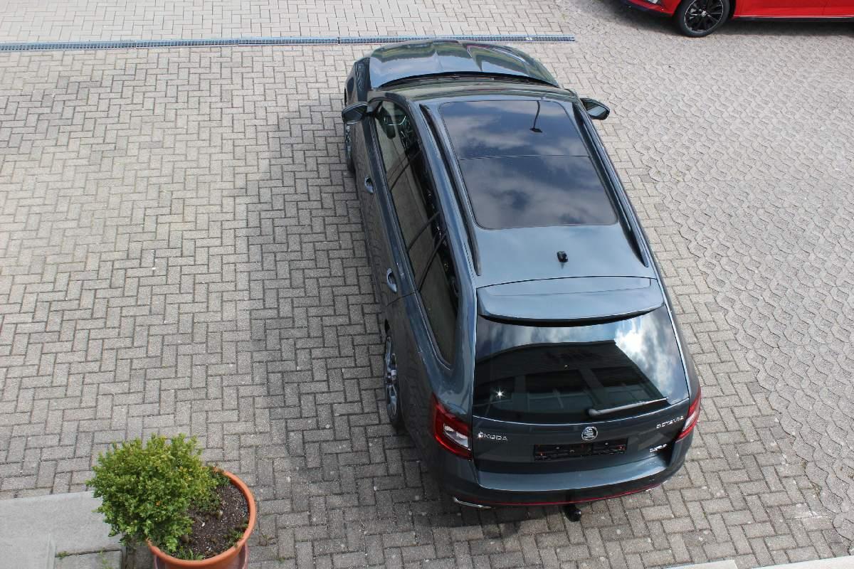 Skoda Octavia Kombi RS 230 2.0 TSI DSG / Deutsche Neufahrzeuge und EU-Neufahrzeuge – Aha! Fahrzeughandel GmbH in Althengstett