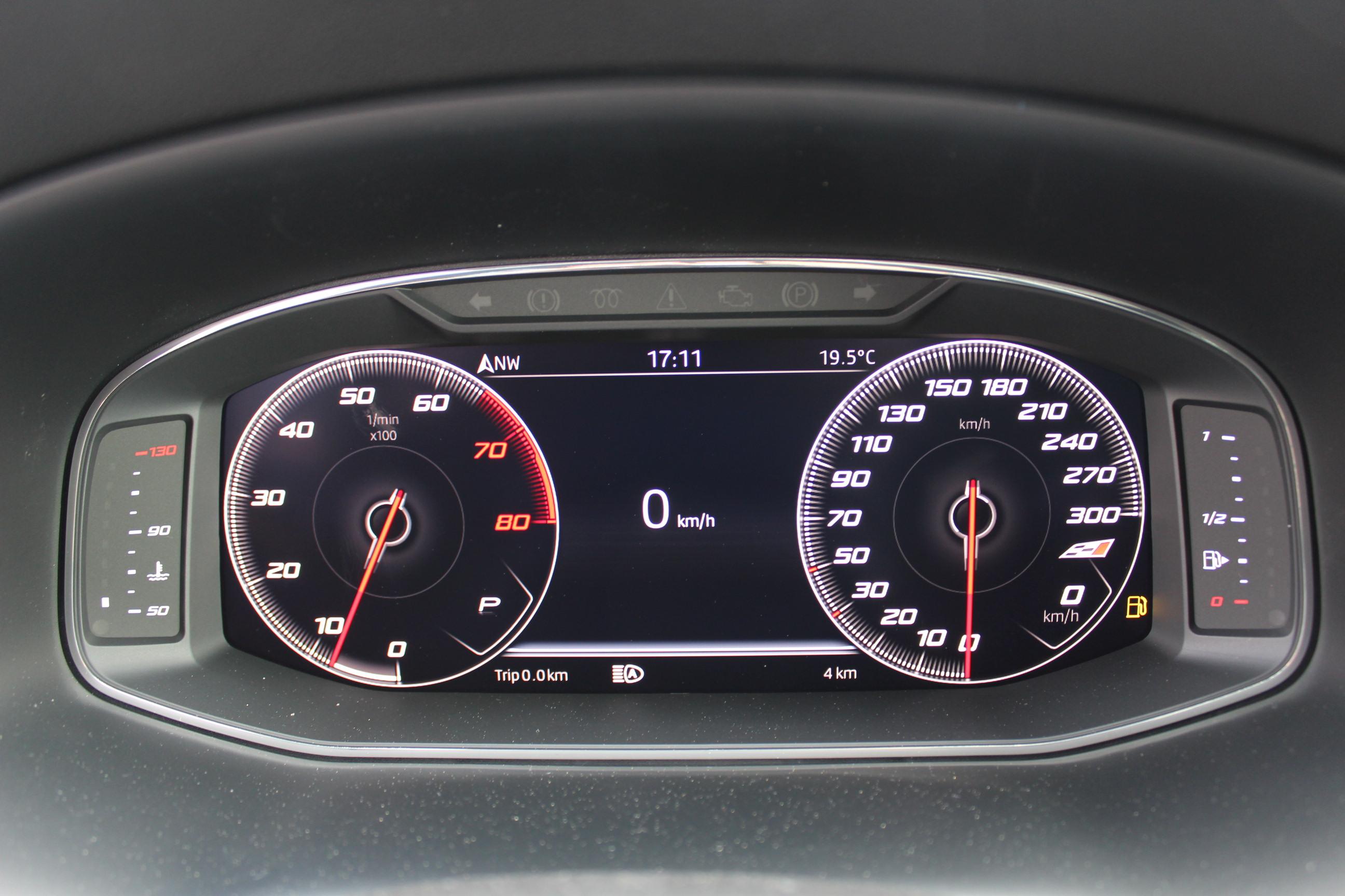 Seat Leon ST Cupra Kombi 2.0 TSI DSG 4x4 / Deutsche Neufahrzeuge und EU-Neufahrzeuge – Aha! Fahrzeughandel GmbH in Althengstett