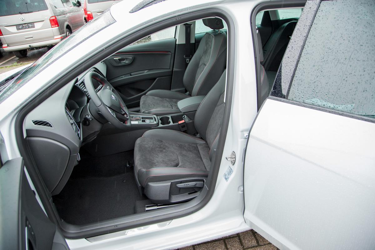 Seat Leon ST FR Kombi 1.8 TSI DSG / Deutsche Neufahrzeuge und EU-Neufahrzeuge – Aha! Fahrzeughandel GmbH in Althengstett