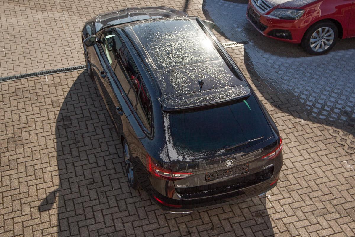 Skoda Superb Kombi Sportline 1.8 TSI DSG / Deutsche Neufahrzeuge und EU-Neufahrzeuge – Aha! Fahrzeughandel GmbH in Althengstett
